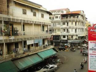 Emerald Morakat Hotel Pnompeņa - Viesnīcas ārpuse