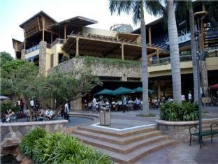 Guijo Suites Makati Manila - Nearby Mall -Greenbelt 3