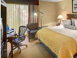 Best PayPal Hotel in ➦ Newark (NJ): Hilton Newark Airport Hotel