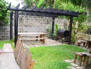 Edcelent Guesthouse Davao City - Tuin