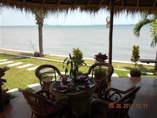 Long Villa Inn Kep - Sea view restaurant
