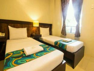 Driggs Pension House General Santos - Standard Twin Bed