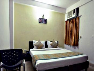 Deluxe Room With Airport Drop