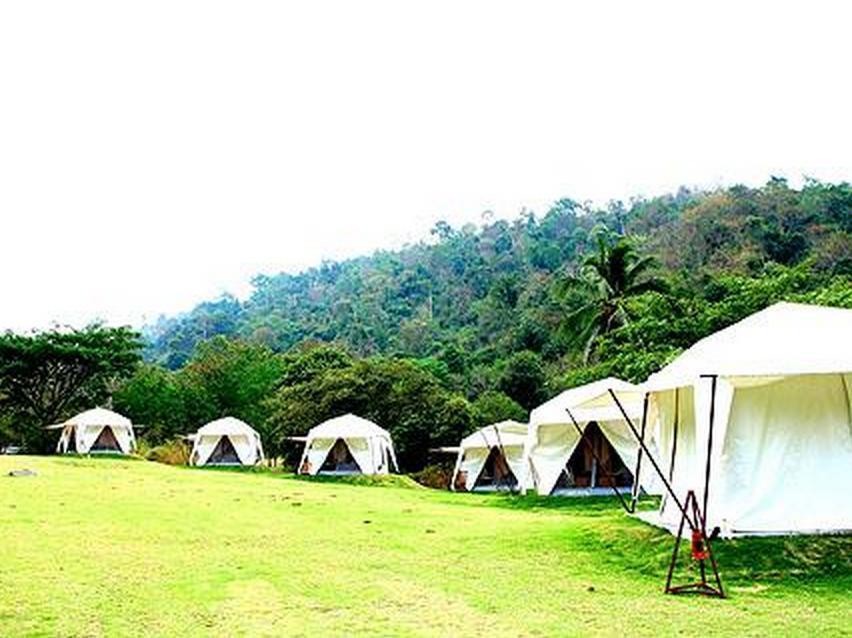 Khao Kheaw Es Ta Te Camping Resort & Safari Chonburi