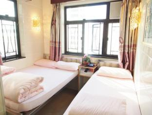 Carlton Guest House - Las Vegas Group Hostels HK Hong Kong - Triple Room