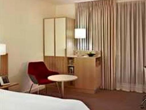 DoubleTree by Hilton Hotel London - Tower of London PayPal Hotel London