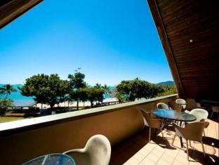 Airlie Waterfront Backpackers Whitsunday Islands - Altan/Terrasse