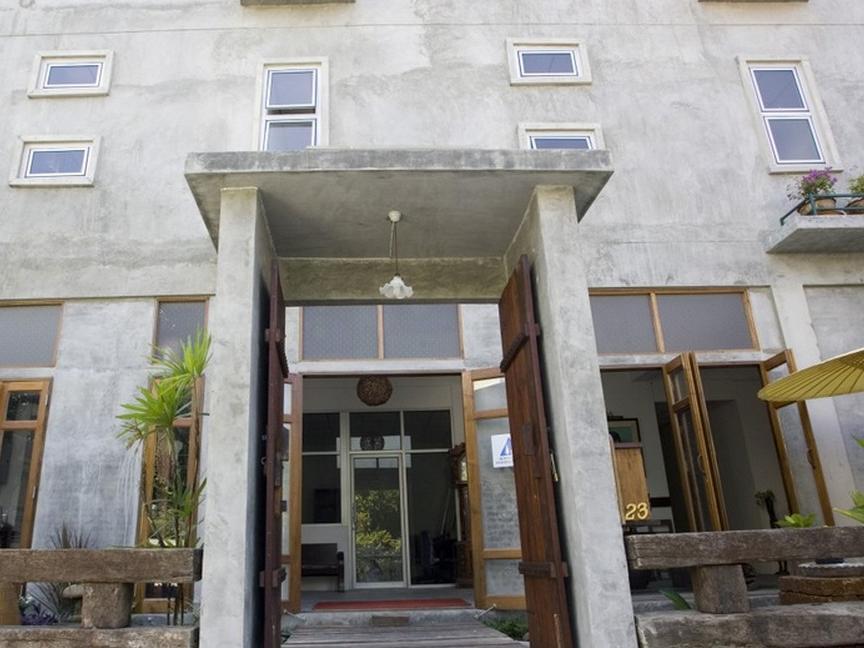 ハイ スクンビット ホテル(HI-Sukhumvit Hostel)