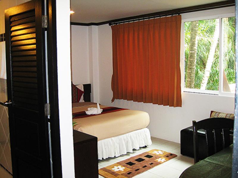 โรงแรมเดอะ ไนซ์ ป่าตอง