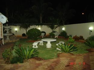 RFB Guest House Johannesburg - Garden