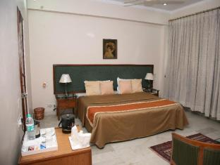 The Royal Residency Hotel New Delhi and NCR - Guest Room