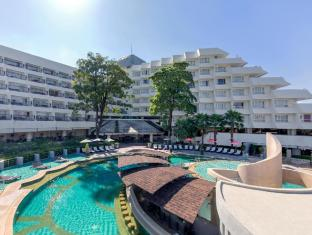 Andaman Embrace Resort & Spa Patong Beach Phuket - Piscina