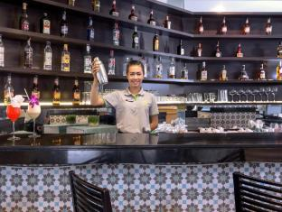 Andaman Embrace Resort & Spa Patong Beach Phuket - Bar