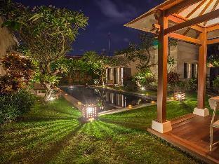 Rumah Dua Tiga Villa