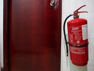 Singh Guest House Hong Kong - Fire Extinguisher