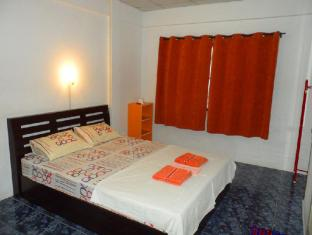 Happy Home Guesthouse Rawai Phuket - Guest Room