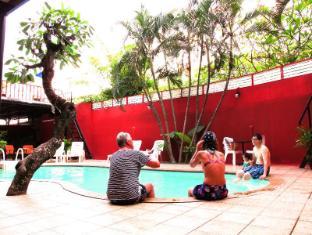 Boomerang Inn Phuket - Schwimmbad