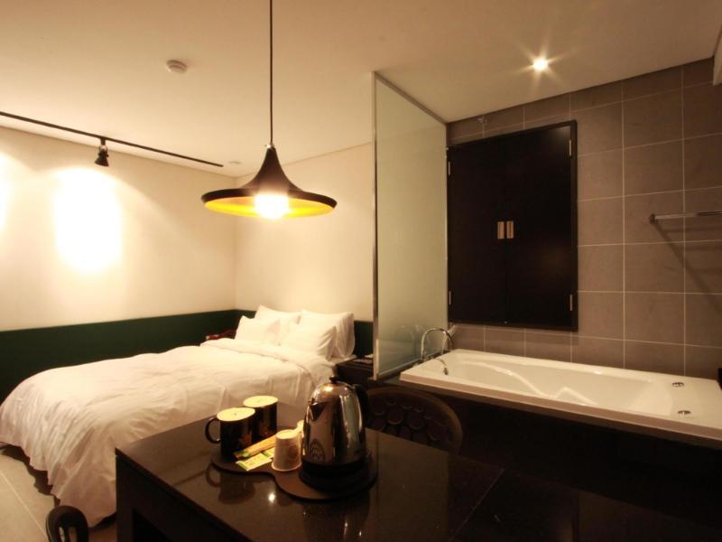 【 ホテル】シンチョン Y ホテル(Shinchon Y Hotel)