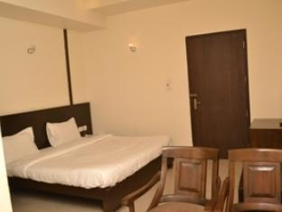 Hotel Bricks New Delhi and NCR - Deluxe Room