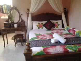 Praety Home Stay Bali - Interior del hotel