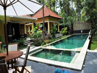 Bali au Naturel Beach Resort Bali - Swimming Pool