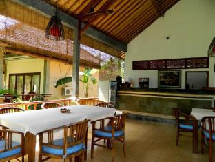 Bali Bhuana Beach Cottages באלי - מסעדה
