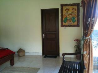 Baruna Cottages Bali - Guest Room