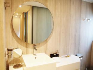 Yi Serviced Apartments Hong Kong - Badkamer