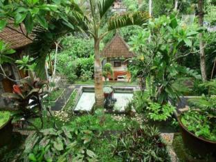 Yuliati House Bali - Dārzs