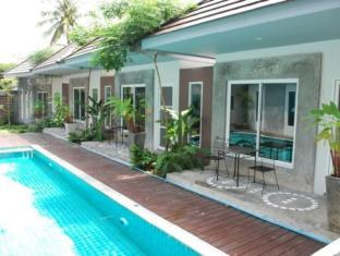 Laila Pool Village Phuket - Swimmingpool