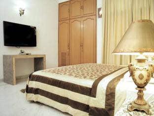India Luxury Homes New Delhi and NCR - Executive Double Room