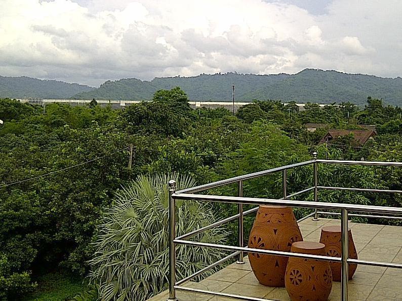 ภูธารา รีสอร์ท
