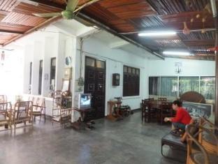 Villa Thatluang Vientián - Vestíbulo
