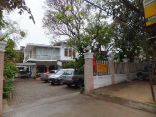 Villa Thatluang Vientián - Exterior del hotel