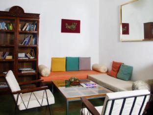 Lodge 19 Negombo - Meeting Room