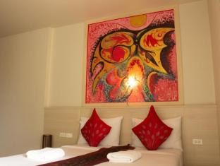 Hi-QC Place Phuket - Superior City View - Double Bed