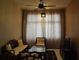 Damansara Holiday Home Kuala Lumpur - Living Hall