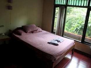 Aji Lodge