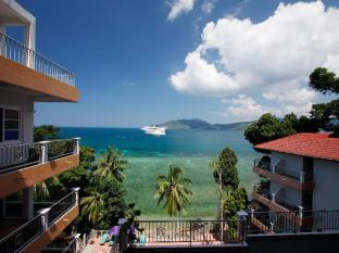 Blue Beach Club & Resort Phuket - Beach