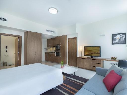 ➦  Accor Hotels    (Abu Dhabi) customer rating