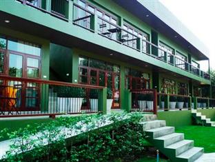 ドエンバン ヴィラ Doembang Villa