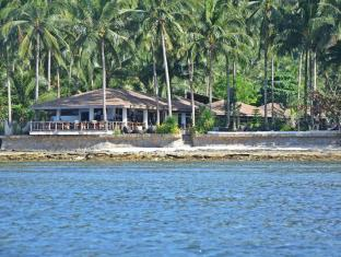 Cadlao Resort and Restaurant El Nido - View of the Resort from the Bay