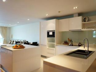 Kalim Beach Place Phuket - 2 Bedroom suites kitchenette