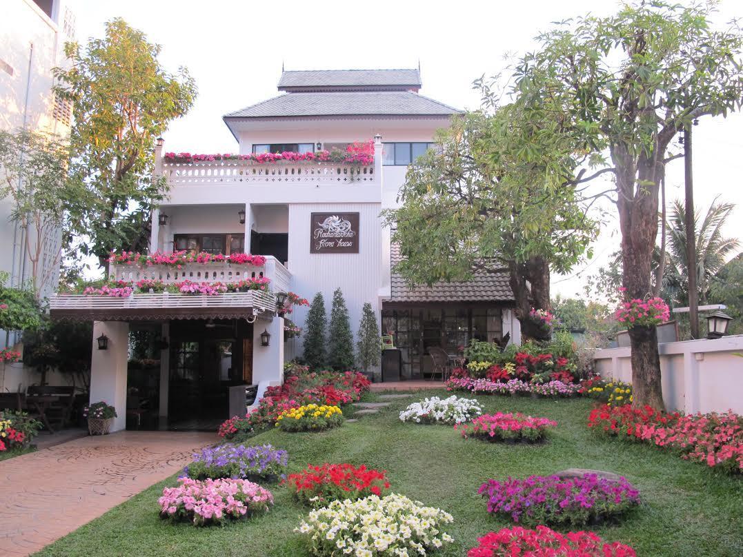 Rachamankha Flora House - Chiang Mai