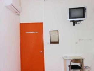 @thome Surabaya - Guest Room