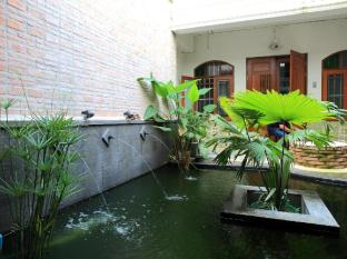 99 Oldtown Boutique Guesthouse Phuket - Interior