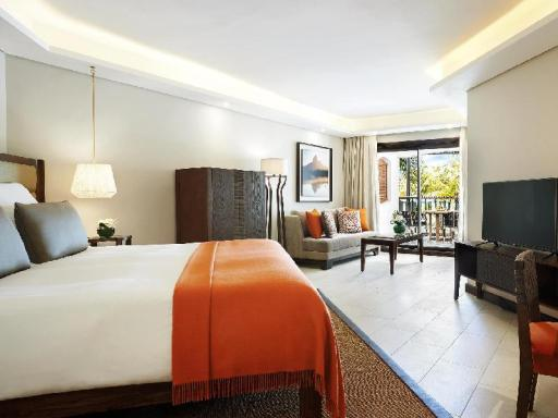 Beachcomber Royal Palm Hotel hotel accepts paypal in Mauritius Island