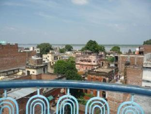 Sandhya Guest House Varanasi - View From The Terrace