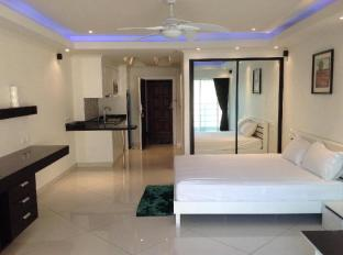 Vtsix Condo Rentals at View Talay 6 Pattaya Pattaya - VIP Luxury Room