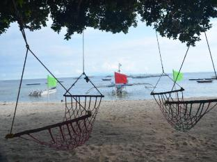Bitaug Beach Resort Panglao Island - समुद्र तट